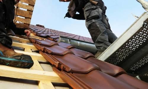 Dachówki na dachu płaskim - czy to możliwe?